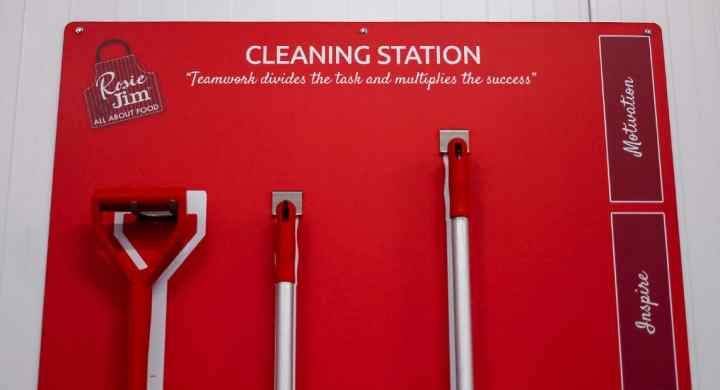 Rosie & Jim Cleaning station